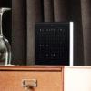 Q2T_SE_BLACK_METAL_hotelroom_web